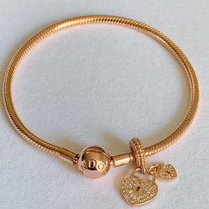 NEW Pandora Rose Gold Bracelet & Padlock Charm